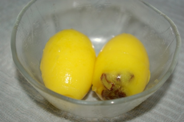"""Jell-O eggs as """"spider eggs"""""""