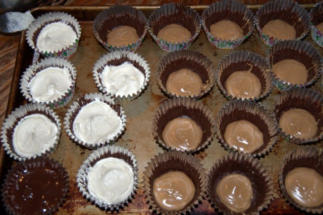 chocolate cream cups with peanut butter